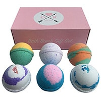 Aromatherapy-Bath-Bombs-by-Oliver-Rocket
